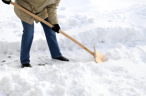 5 ways to reduce winter accidents at work