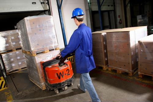 7 ways to use pallet jacks more safely