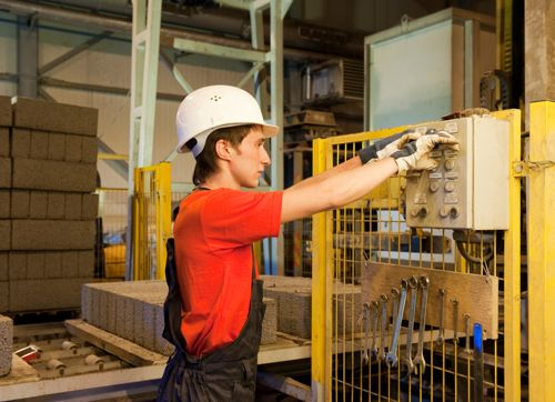 8 critical manufacturing training tips