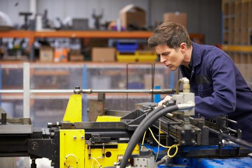 9 ways to keep your factory workers engaged