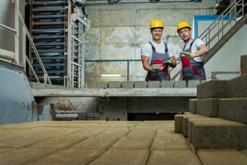 6 ways manufacturers can support employees and reduce turnover