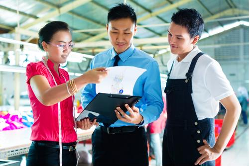 8 steps to improve attendance at your factory